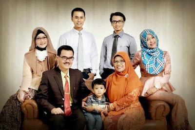 keluarga dwi aditya