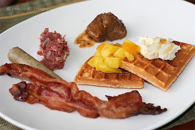 Breakfast at Tides Restaurant | www.thepeachkitchen.com