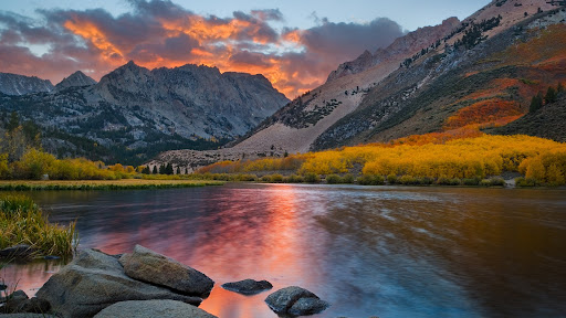 North Lake in Flames, Bishop, California.jpg