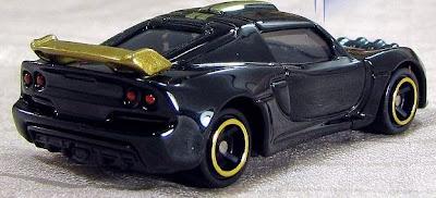 Tomica 10 Lotus Exige R-GT màu đen thiết kế 4 bánh chuyển động linh hoạt
