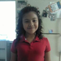 Kayla Gonzales Photo 17
