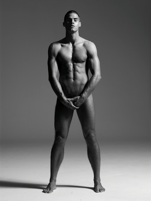We Flashback To 2008 With A Naked Chad White By Arnaldo Anaya Lucca For Arena Mag