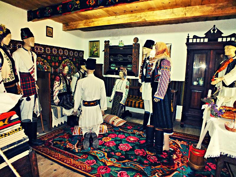 nunta muzeul satului bucovinean