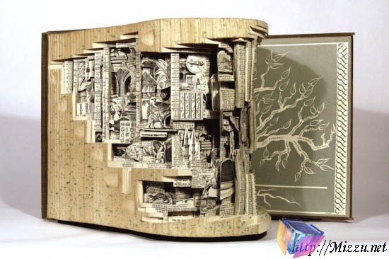 Seni Mengukir Buku Ala The Book Surgeon