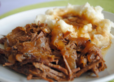 Slow Cooker Beef Brisket with Caramelized Onions: Delicious and Weight ...