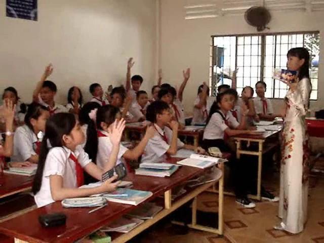 Tuyển sinh lớp 1 chương trình song ngữ Việt Pháp năm học 2012-2013
