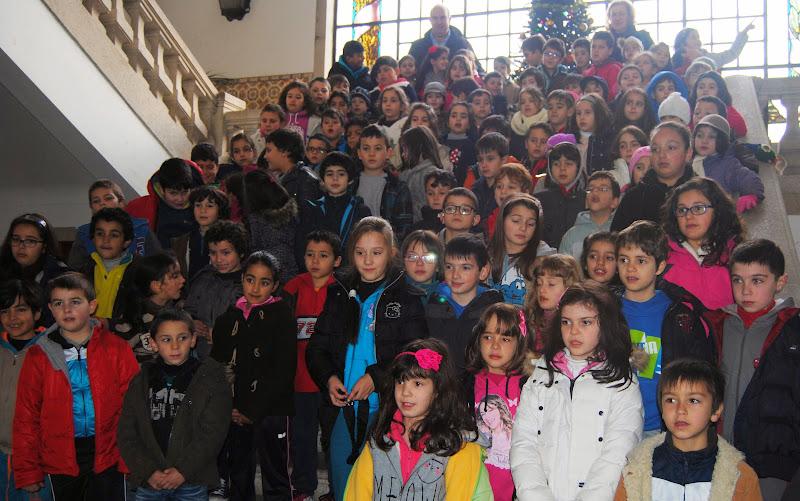 Escolas de Lamego cantam tradição de ano novo nos Paços do Concelho