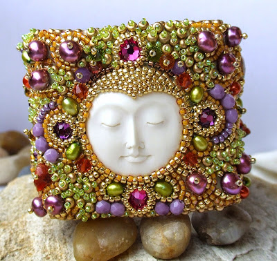 Bead Embroidery by Red Tulip Design
