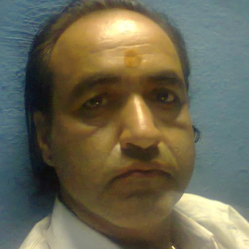Ramesh Vyas Photo 14