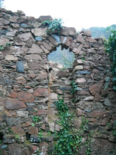 El Socau: porta tapiada