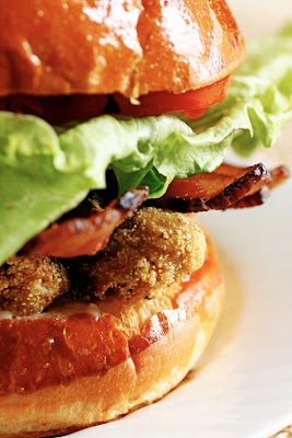 ... Newf in My Soup!: Sunday Morning Fried Oyster and Bacon Sandwiches