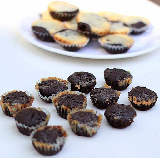 Caramel Swirl Brownies Recipe | Eggless Sweet Treats