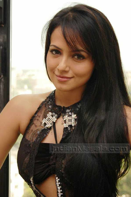 indian girls sana khan