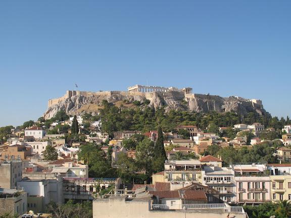 Vista de la Acrópolis desde la terraza del Hotel Plaka