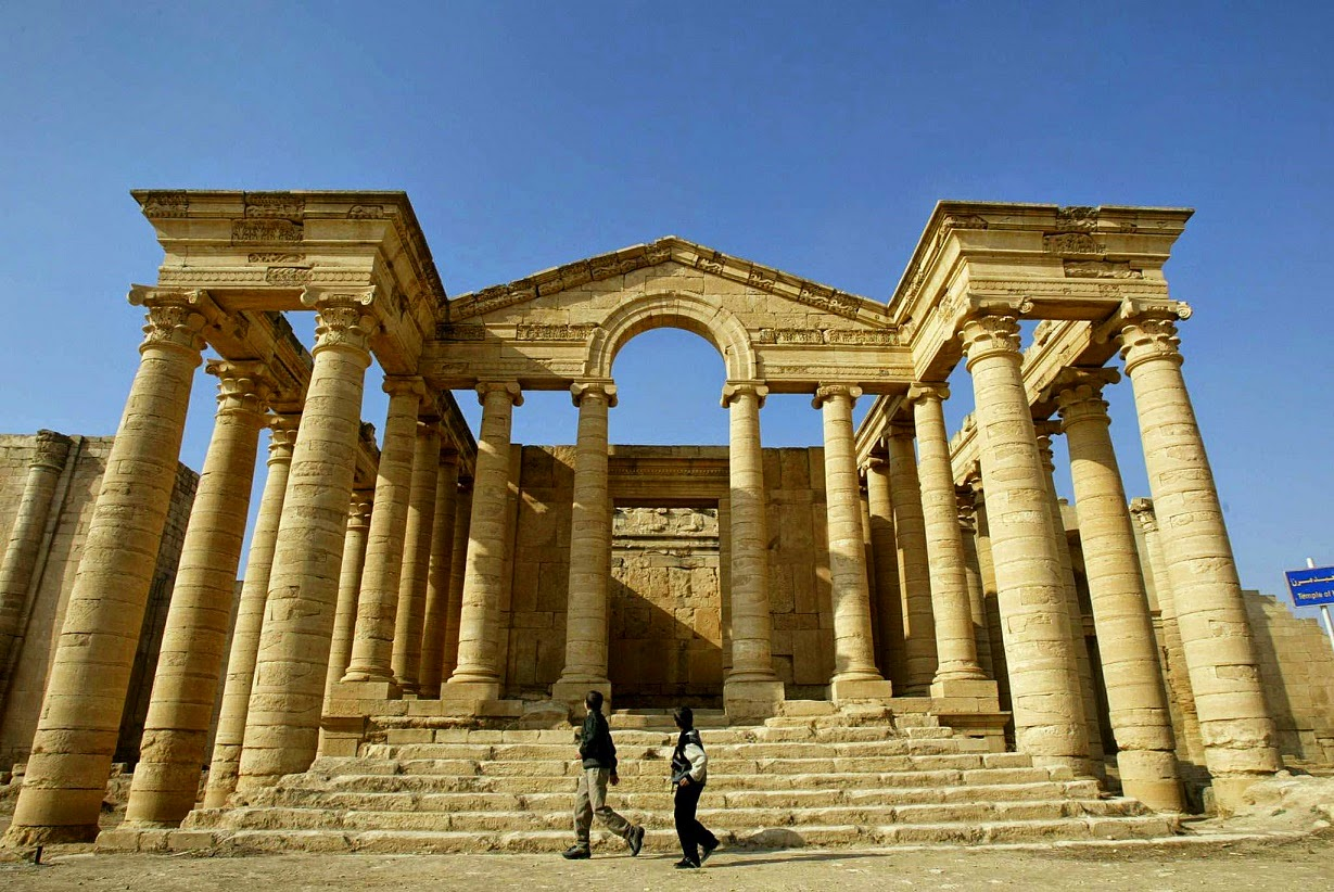 Iraq: IS militants destroy ancient Hatra in northern Iraq