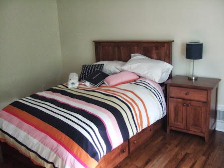 Shaker Bed and Nightstand with Doors, in Lexington Oak