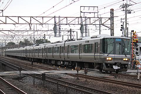 JR西日本 223系通勤・近郊型電車