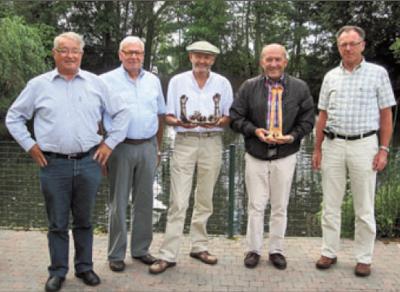 Johan Herman schenkt kunst aan overwinnaars Fier om te kunnen geven