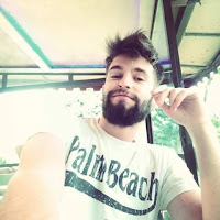 John Liakos's avatar