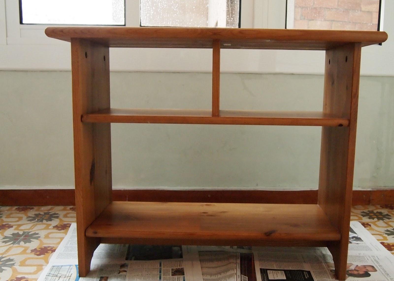 El placer del hacer redecorando un mueble de ikea for Mueble 4 huecos ikea
