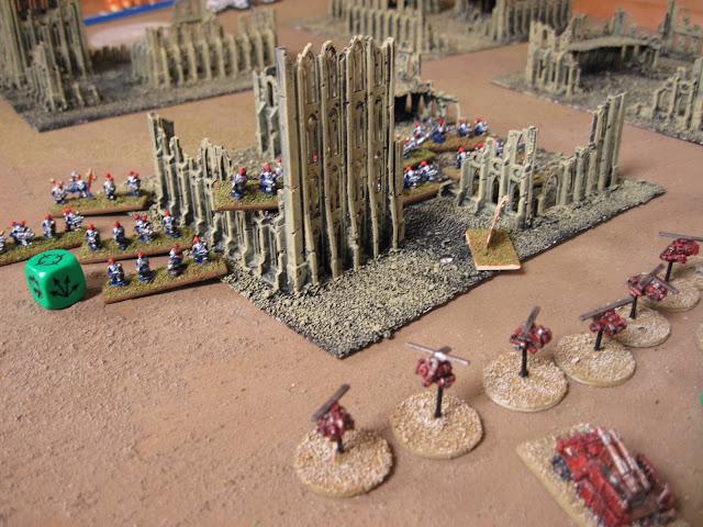 Deth Koptas advance on the Chaos Marines