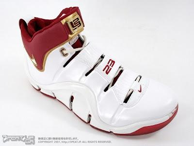quality design 759d0 7e32f 2006-07 Timeline | NIKE LEBRON - LeBron James Shoes