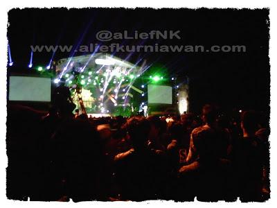 Konser Seru Global TV Malang | 11 November 2012 [image by @aLiefNK]
