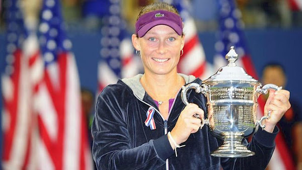 Sam Stosur holds the winners trophy for the US Open tennis tournament