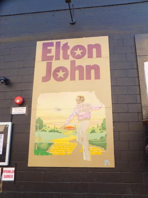 Rough Trade, Williamsburg, Brooklyn, Street Art in motion,  Elisa N, Blog de Viajes, Lifestyle, Travel