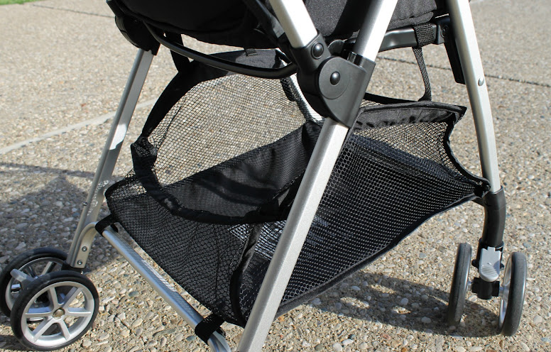 Urbini Hummingbird Stroller Has Ample Basket Storage #Urbini