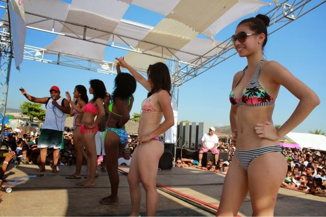 Bikini Contest Playa Mazatlan - YouTube
