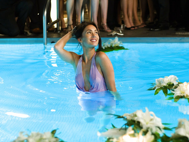 Megan Fox In Swimming Pool Hot Wallpaper