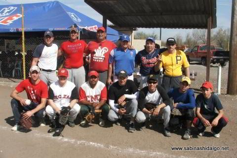 Equipo Ponchados en el softbol del Club Sertoma