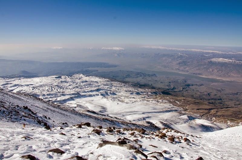 Linia orizontului si teritoriul Iranian in departare
