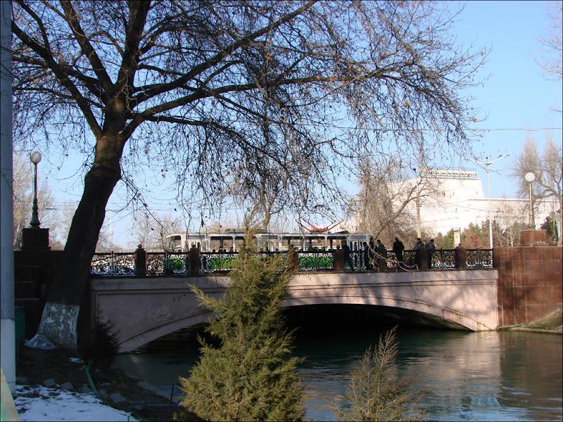Татра на мосту