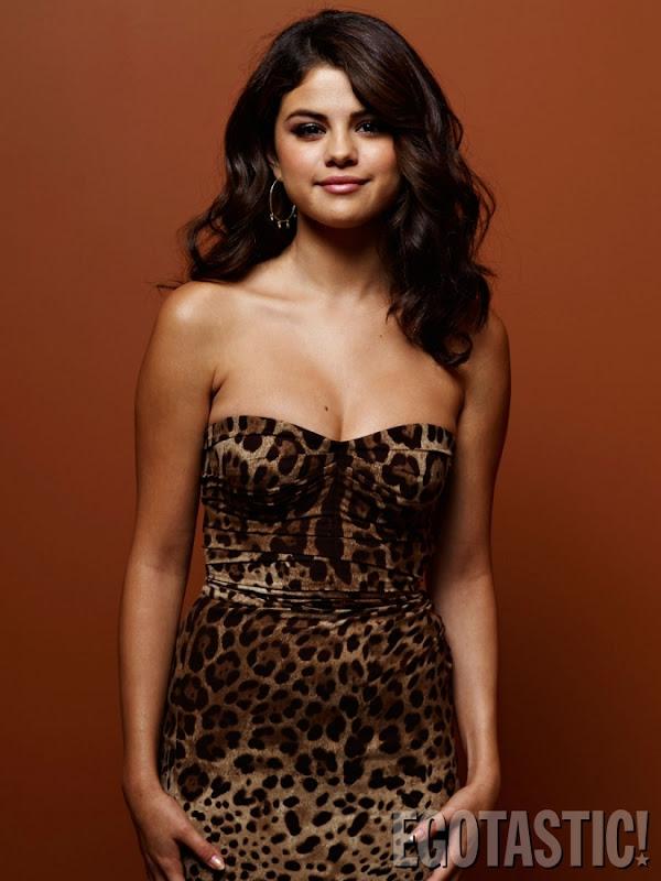 Selena Gomez Spring Breakers photos