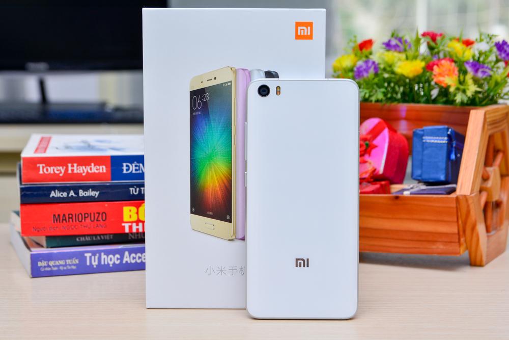 Hình ảnh khui hộp Xiaomi mi5 tại Việt Nam với giá bán trên 10 triệu đồng - 112936
