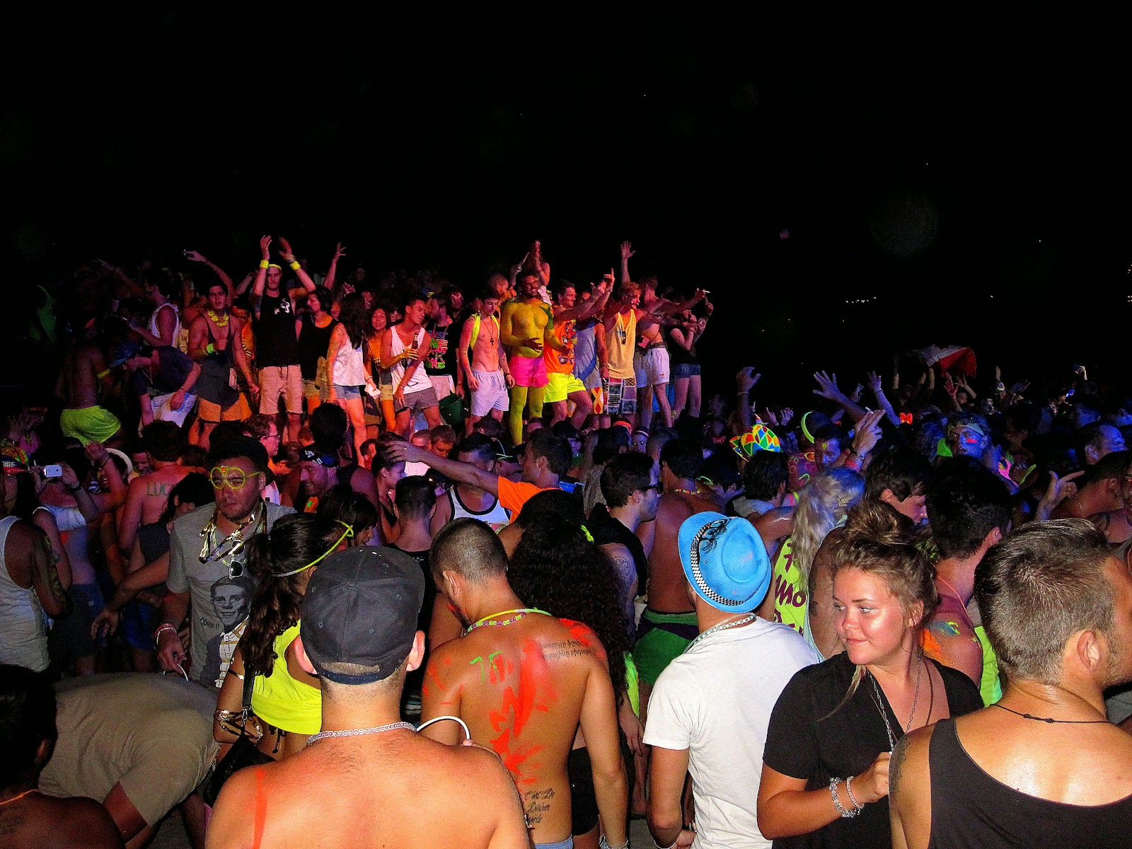 Full Moon Party  David and Chelsea39s Life