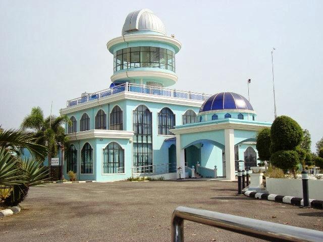 Kompleks-Falak-Al-Khawarizmi-Al-Khawarizmi-Astronomy-Complex