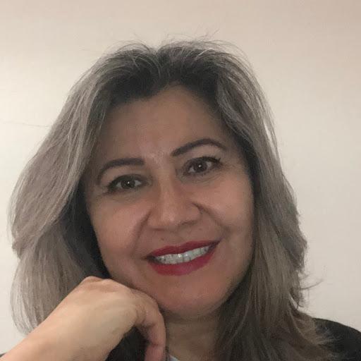 Veronica Bravo Photo 30