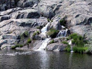 Cascada del río Tera en la poza