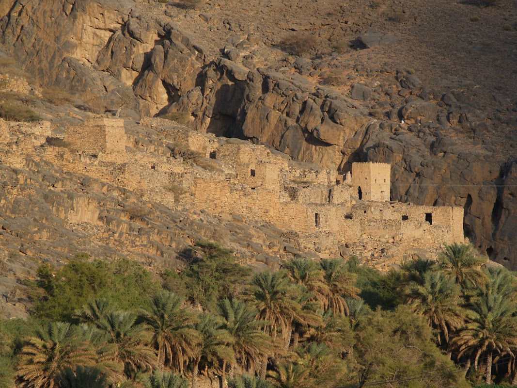 Weekend Hiking in Jebel Shams, Oman
