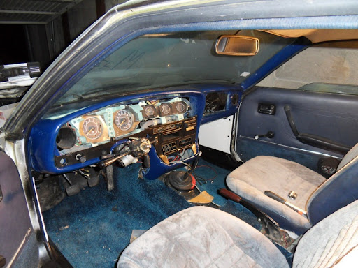 [MAZDA 121]Restauration Mazda 121 1977 - Page 4 SDC14549