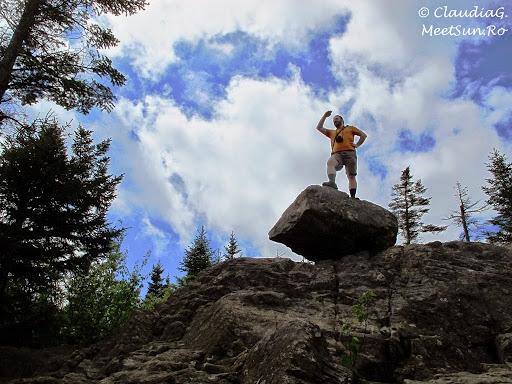 Tura la munte in Canada. Mont Orford.  Andrei si stanca