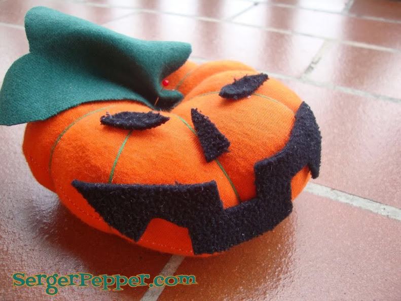 SergerPepper - Jack O'PinMe Pin Sharpener -sew on face and leaf