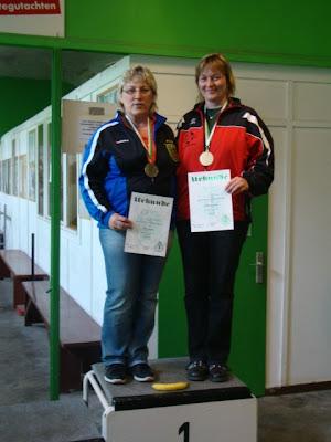 Frischgebackene Landesmeisterin: Sabine Schniebel (rechts)