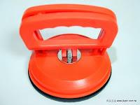 裝潢五金品名:吸盤顏色:橘色功能:可用於合室地板免裝把手或小片玻璃按裝時可使用玖品五金
