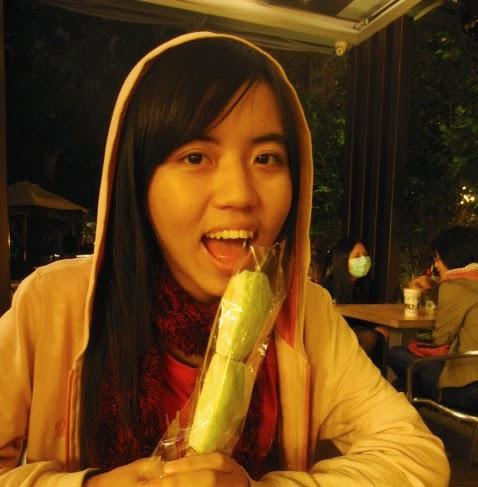 Hannah Chen Photo 11