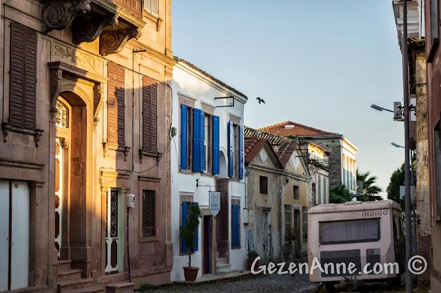 Cunda'nın güzel sokakları