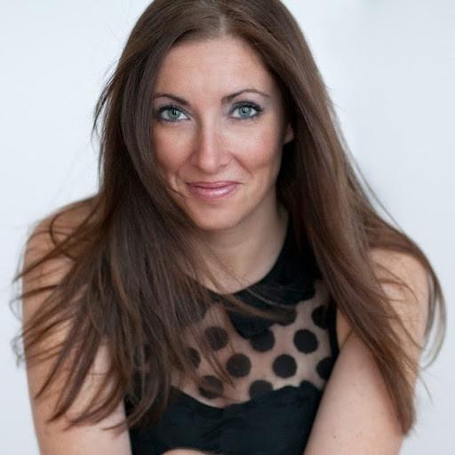 Sandra Wood